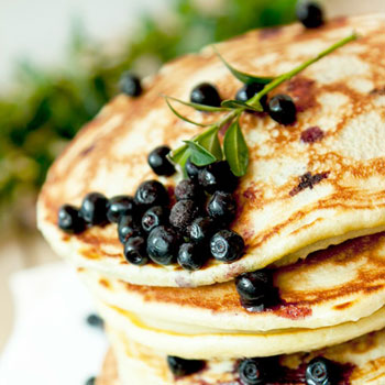 blueberry-flax-pancakes